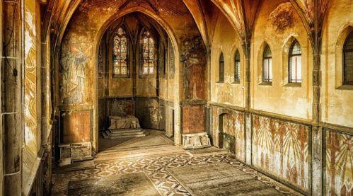 2019-06-05_empty_church