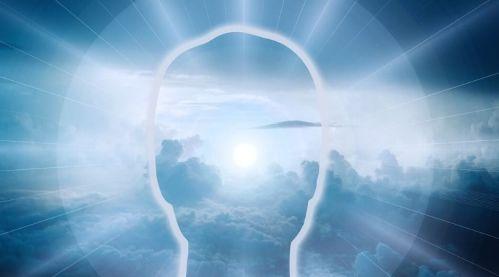 2020-02-09-Head-Clouds-LightRays